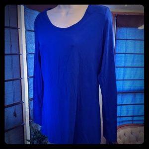 Anna Brand long cut royal blue tee women's medium